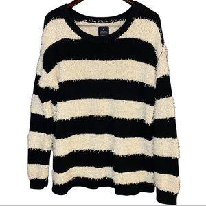 American Eagle Vintage Boyfriend Shag Sweater M